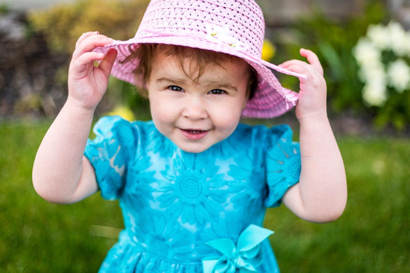 Des habits pour une petite fille